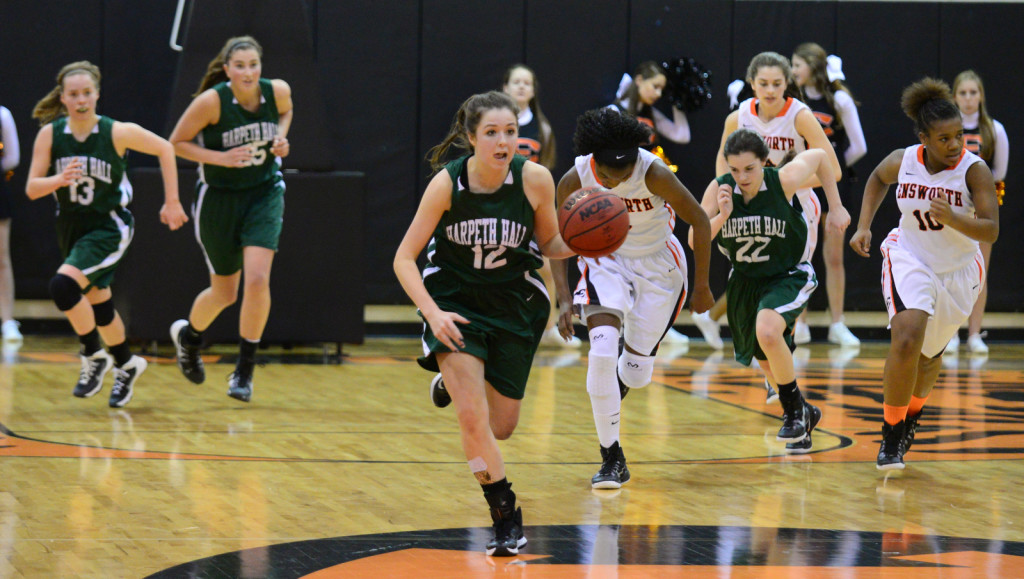 Harpeth Hall's Shelby Nutter leads the Honeybears past Ensworth