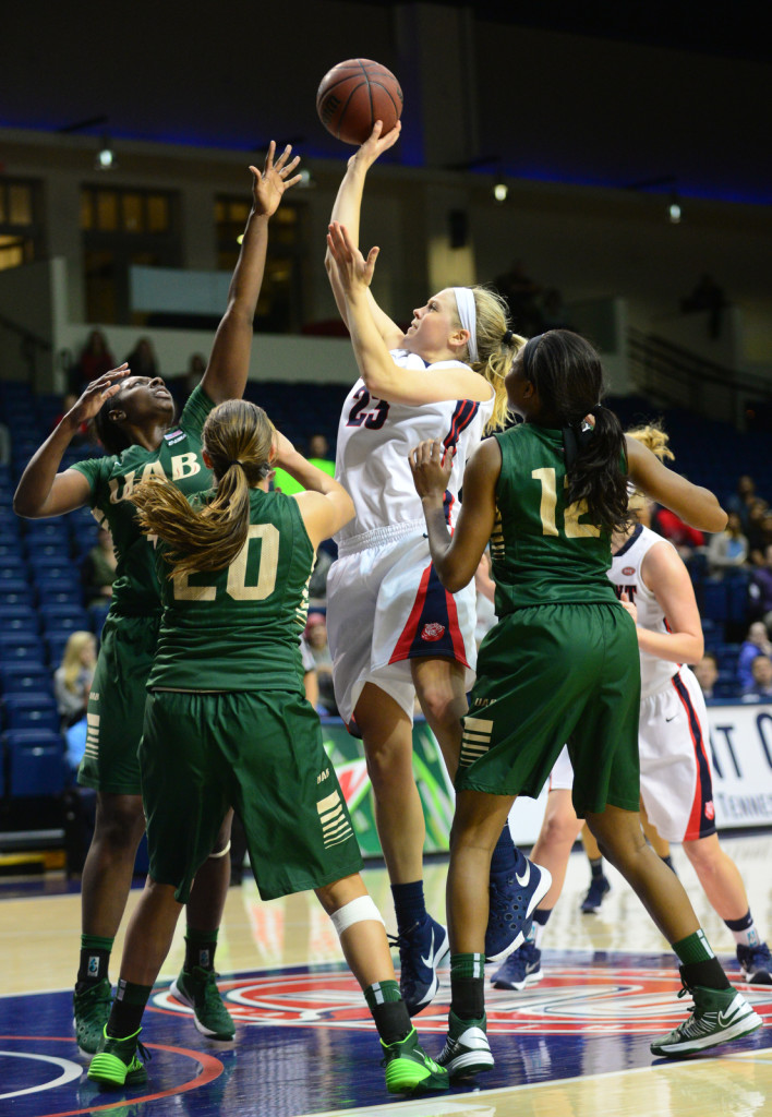 Belmont's Kylee Smith hits a basket late in the game vs UAB. Photos by Mike Strasinger