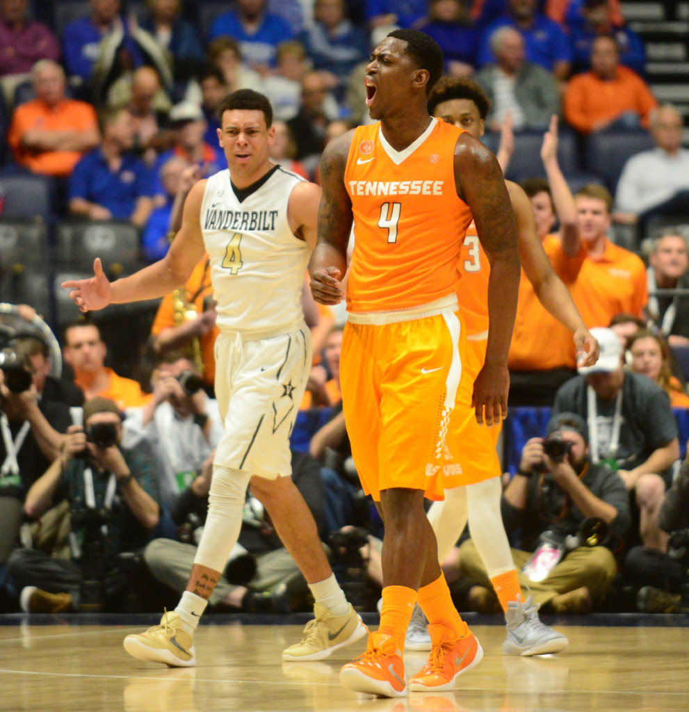 UT Beats Vandy 67-65 to Advance in SEC Tourney