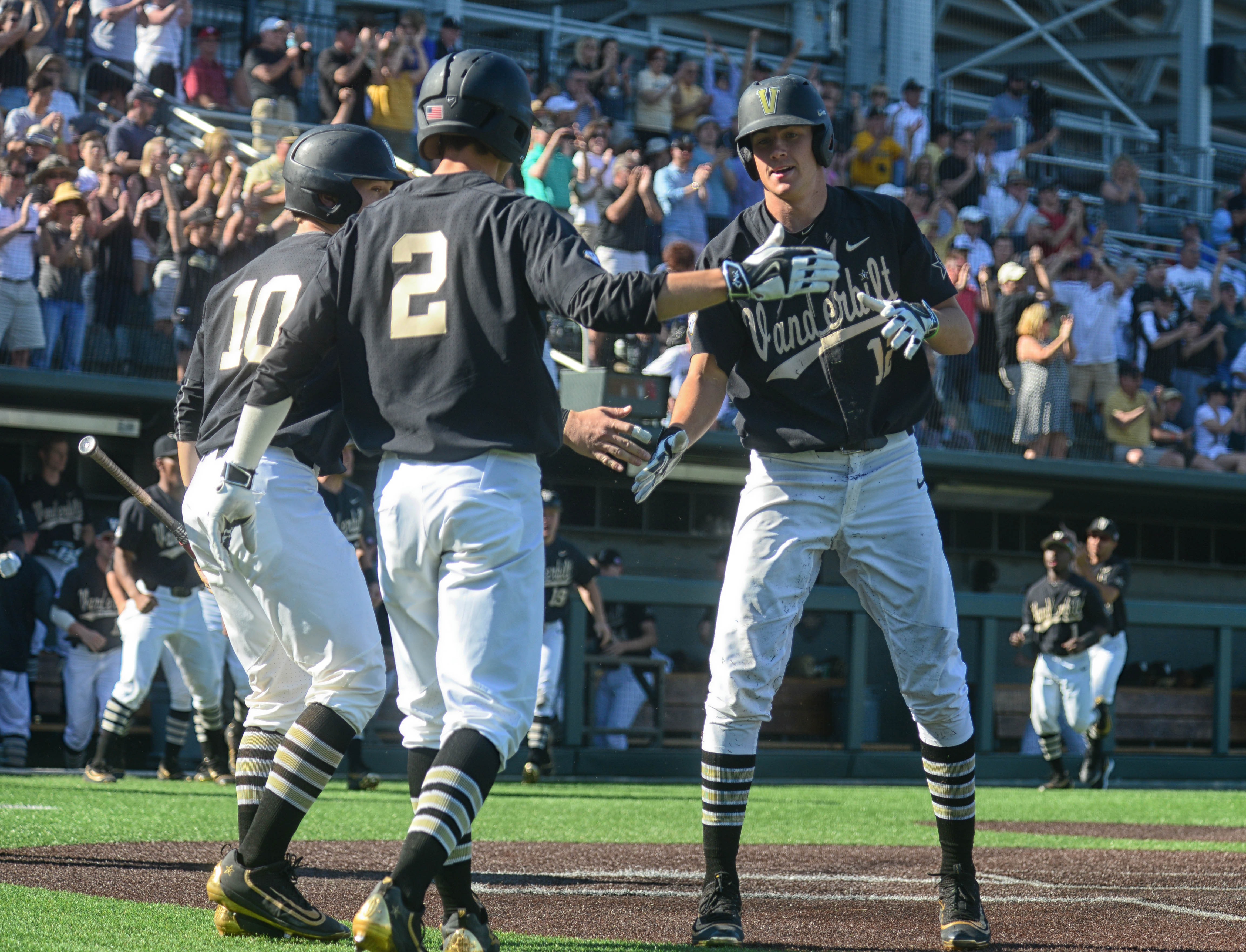 Vandy plates two late to beat Kentucky - photos by Mike Strasinger